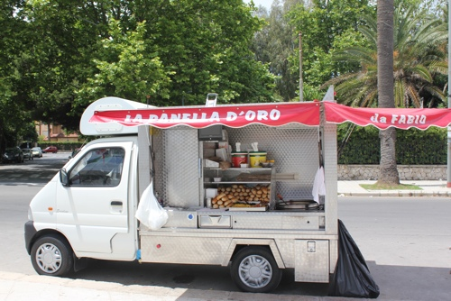 Panelle seller in Mondello