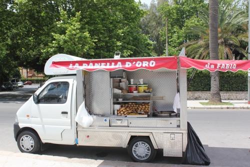 Panelle seller in Mondello