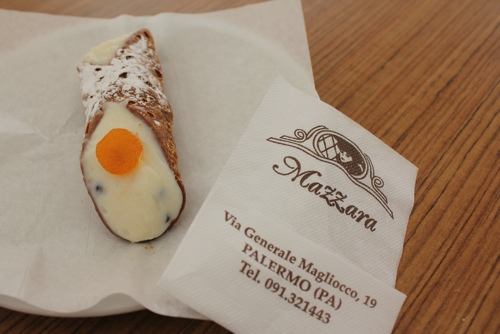 Cannolo at Mazzara in Palermo