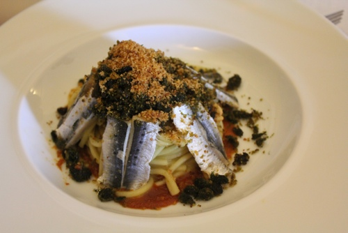 Pasta wih sardines, fennel and pine nuts at Duomo in Ragusa