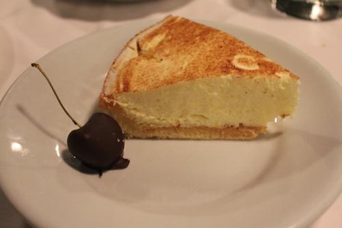 Home made lemon tart at Osteria del Binari in Milan