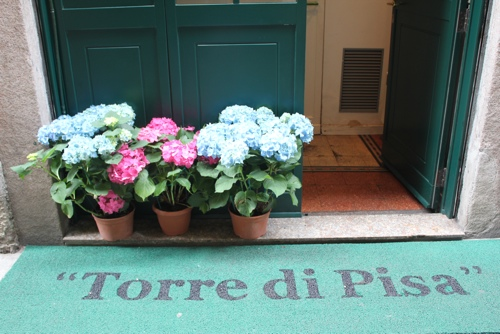 Welcome Mat at Torre di Pisa in Milan