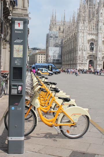BikeMi station at the Duomo in Milan
