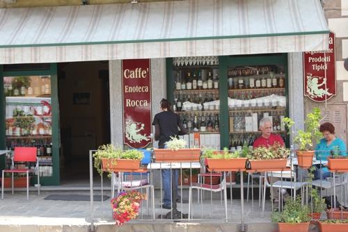 Caffe' Enoteca Rocca in Monforte d'Alba