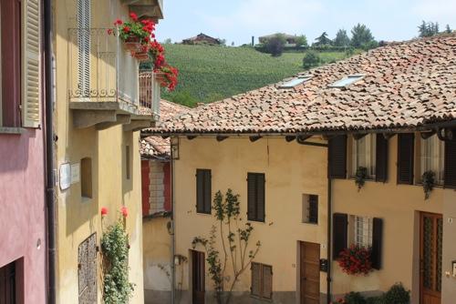 The older part of Monforte d'Alba