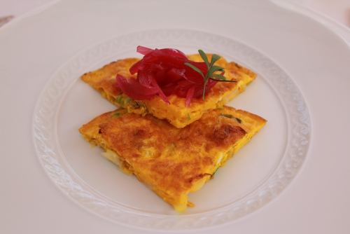 Omelette with red onion and flower of tiglio at Antica Corona Reale in
