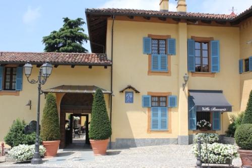 Entrance to Villa Beccaris, Monforte d'Alba
