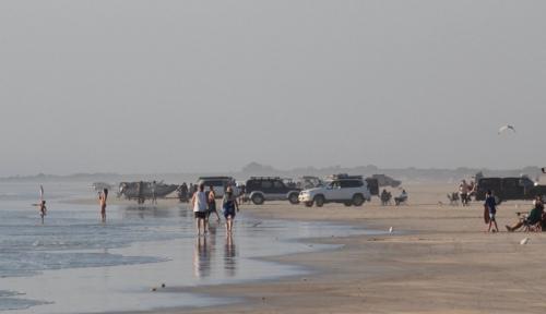 Cars on Cable Beach